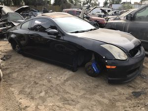2003 Infiniti G35 w/ manual trans for parts only *brembo calipers sold* for Sale in Modesto, CA