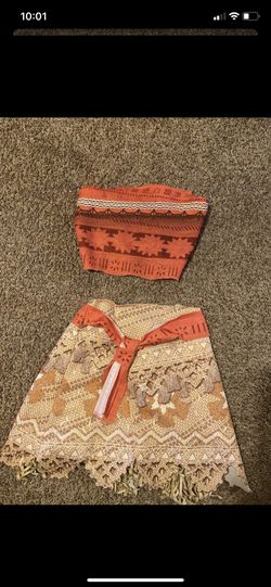 Moana costume for Sale in Boring,  OR
