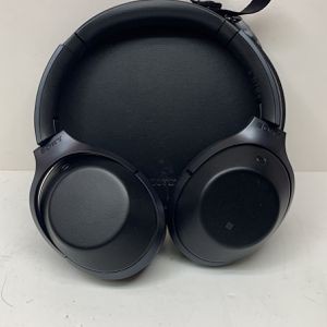 Sony Wireless Headphones 114900 for Sale in Federal Way, WA