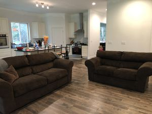 Couch and loveseat for Sale in Auburn, WA
