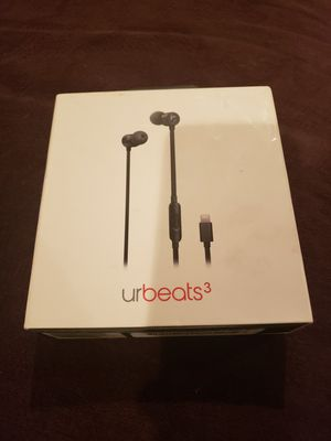 Brand New Beats - URBeats 3 Headphones For IPhone(Lightning Connector) for Sale in Fairfield, CA