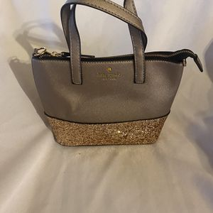 Mini Kate Spade Hand purse With Crossbody Strap for Sale in Hemet, CA