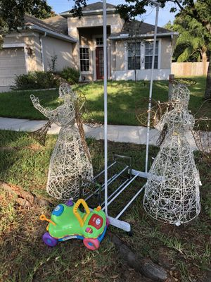 Free. UPDATE. ONLY THE ANGELS ARE ON THE CURB. for Sale in Riverview, FL