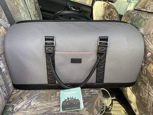 Corkcicle Cooler Ivanhoe Duffle Soft Bag for Sale in Dallas, TX