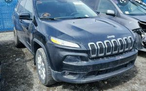 2014 Jeep Cherokee Latitude For parts for Sale in Chicago, IL