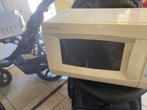 $25 microwave for Sale in Downey, CA