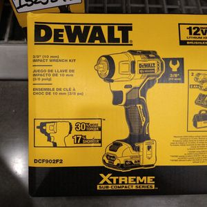 IMPACT WRENCH KIT 3/8 for Sale in Emerald Hills, CA