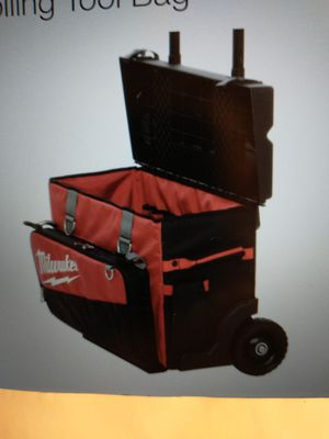 MILWAUKEE-24. Hardtop Rolling Tool Bag for Sale in Norton, OH