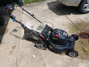 Craftsman Mower for Sale in Brook Park, OH