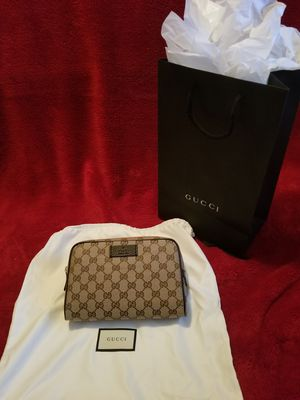100% authentic Gucci fanny pack for Sale in Laveen Village, AZ