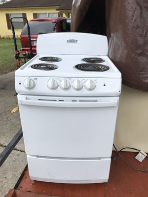 Compact stove for smaller space/apartment/rv/trailer. Like new condition. for Sale in Orlando, FL