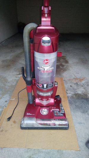 Hoover Wind tunnel bagless vacuum $40 or best offer for Sale in Costa Mesa, CA