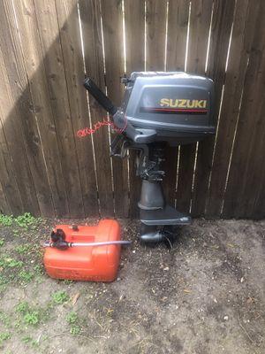 6 hp Suzuki boat motor for Sale in Dallas, TX