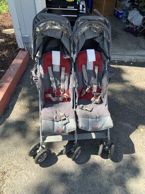 Double stroller mclauren for Sale in Martinez, CA