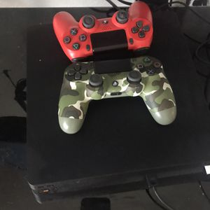 PS4 Pro 2controllers Madden And 2k21 And Grand Theft Auto 5 & 8 More Game for Sale in Baytown, TX