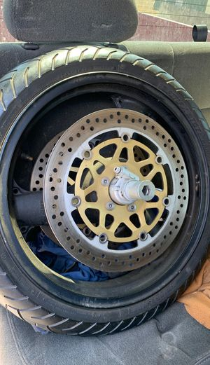 Motorcycle rim and tire 120/70zr17. Kawasaki ZRX1200 for Sale in San Antonio, TX