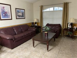 Leather living room set $200 for everything for Sale in Orlando, FL