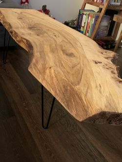 Live Edge Coffee Table - Great Condition! for Sale in Seattle,  WA