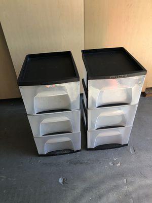 2 sets plastic storage bins- 3 drawers-$20 each for Sale in Miami, FL