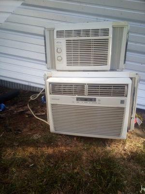 2 AC window units for cooling for Sale in Tupelo, MS