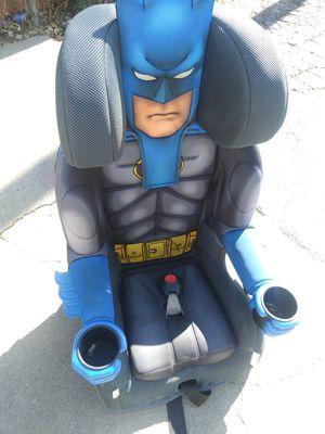 Hi I'm sitting in a car seat for Sale in Sacramento, CA
