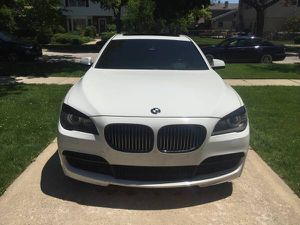 Bmw 750li xdrive M-Sport for Sale in Chicago, IL