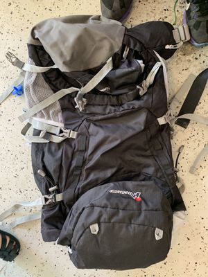 MOUNTAIN TOP HIKING BACKPACK for Sale in Windermere, FL
