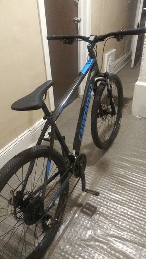 Bike cannondale for Sale in Philadelphia, PA