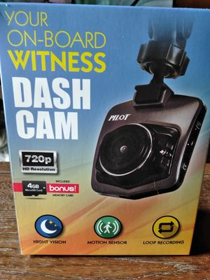 Brand new dash cam with sd card, auto sensor and night vision never opened for Sale in Port Clinton, OH