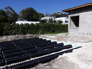Drain field and septic tank clean for Sale in Miami, FL