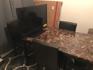 Brand new table and a 32in tv for Sale in Tyler, TX