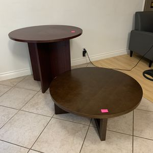 Round Kitchen Table and around Coffee Table for Sale in Culver City, CA