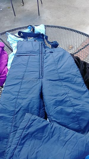 Snow bib size overall size 14 for Sale in Huntington Park, CA
