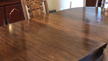 Dining Room Table With Four Chairs In Good Condition for Sale in Puyallup,  WA