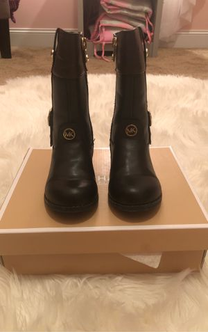 Michael Kors Girls Toddler boots for Sale in Lithonia, GA