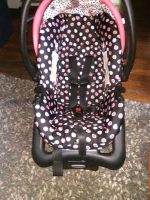 Car seat expiración date 2025 for Sale in Kansas City, KS