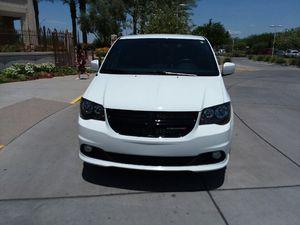 2018 Dodge Grand Caravan plus for Sale in Gilbert, AZ
