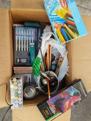 Art supplies lot for Sale in Hialeah, FL