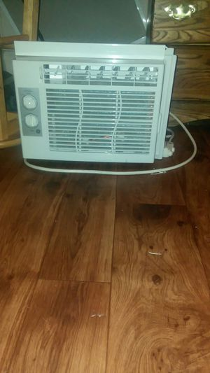 General Electric AC window unit for Sale in Bristol, VA