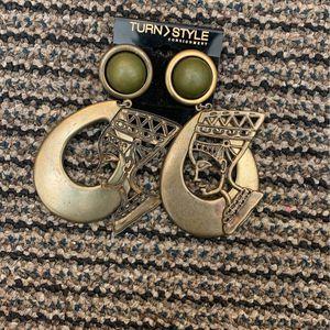 Queen Nefertiti Earrings Must Go By 1/28 for Sale in Phoenix, AZ