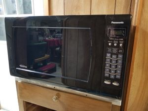 Microwave, Panasonic 1250 Watts for Sale in Woodsboro, MD