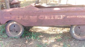 Vintage DAR NG 603 FireChief pedal car! for Sale in Konawa, OK