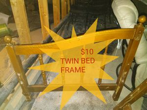 Twin bed/daybed frame for Sale in Redmond, OR
