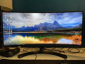 34 inch ultrawide lg monitor 34uc88-b for Sale in Sterling, VA
