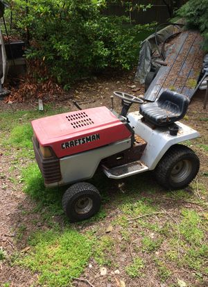 Craftsman Lawn Tractor 16 Horse for Sale in Kirkland, WA