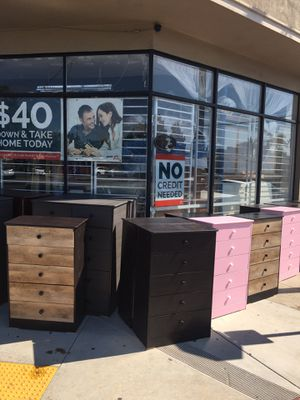 5 drawers chests dressers any colors new for Sale in Lakewood, CA