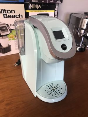 Used Keurig K200 2.0 coffee brewer maker for Sale in Upland, CA