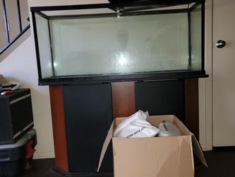 55 Gallon Saltwater Aquarium (or Fresh) with Marine Products for Sale in Hewitt,  TX