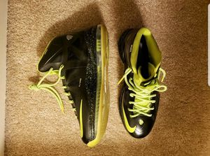 "Lebron x 10 ""Peace Love"" edition for Sale in Fairfax, VA"