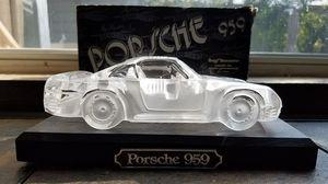 HOFBAUER CRYSTAL PORSCHE 959 for Sale in Austin, TX